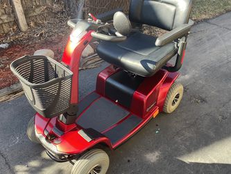 Electric 4 Wheel Scooter for Sale in Justice,  IL