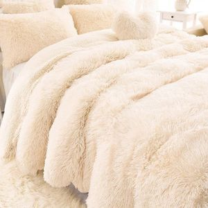 Luxury faux fur 2 ply blanket long hair shaggy fleece super king size for Sale in Orland Park, IL