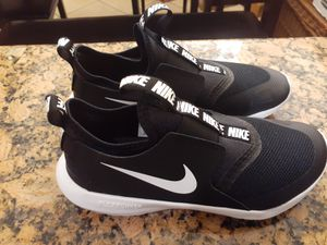 Nike Flex running shoes size 5y for Sale in Los Angeles, CA