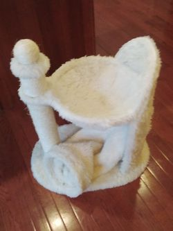 Cat Scratching Post + Bed + Play Tunnel for Sale in Wexford,  PA