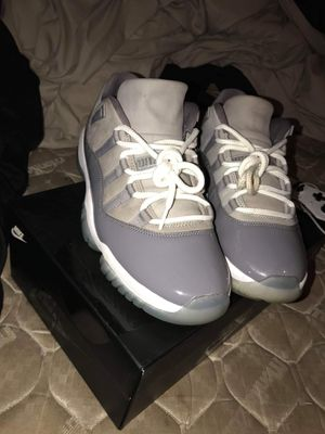 Retro 11s & Gucci flops for Sale in Peoria, IL