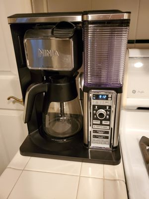 Ninja CF091 coffee maker with frother for Sale in Fresno, CA