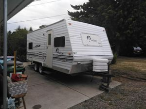 18 foot.....2001..Salem .....lite camper trailer for Sale in Federal Way, WA