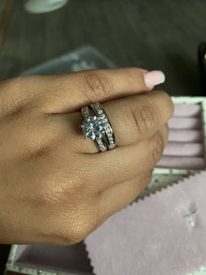 Beautiful Brand New S925 Silver Ring Duo for Sale in High Point, NC