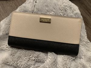Kate Spade wallet for Sale in Midway City, CA