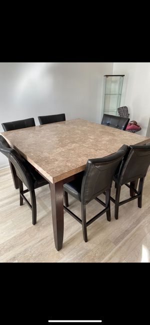 Dinner kitchen table for Sale in Baltimore, MD