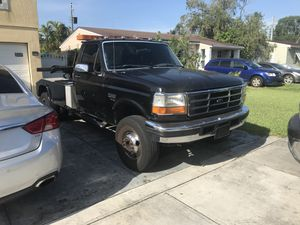 1997 Ford F450 Power Stroke Tow Truck DIESEL for Sale in Miami, FL