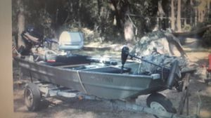 Jon boat 16 ft with 9.9 big foot for Sale in Hudson, FL