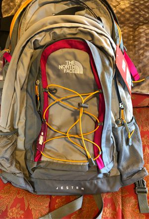 NWT The Northface Jester backpack grey and pink for Sale in Gig Harbor, WA