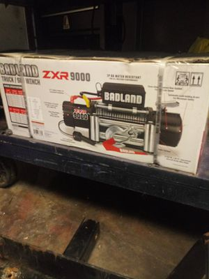 Brand new badland winch 9000 with tow base for Sale in Houston, TX