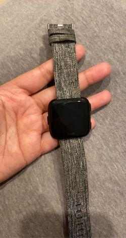 Fitbit Versa for Sale in Lehigh Acres,  FL