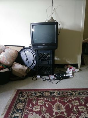 PHILIPS TV AND REMOTE for Sale in Richmond, VA