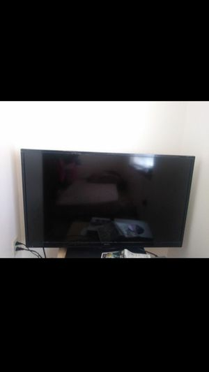 SANYO TV 38x23 for Sale in McMinnville, OR