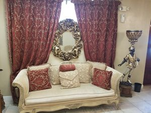 Antique furniture set for Sale in Gulfport, FL