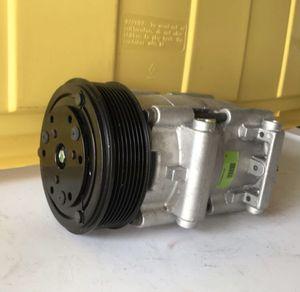 Ford F250 A/C Compressor for Sale in Boca Raton, FL