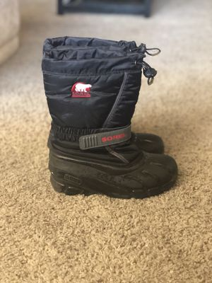 Sorel kids snow boots for Sale in Goodyear, AZ