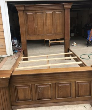 Queen bed frame for Sale in West Bloomfield Township, MI