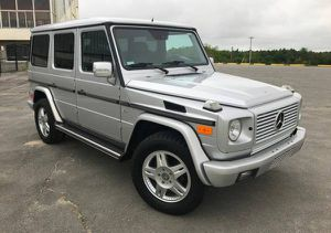 Mercedes G wagon parts / and wheels for Sale in Phoenix, AZ