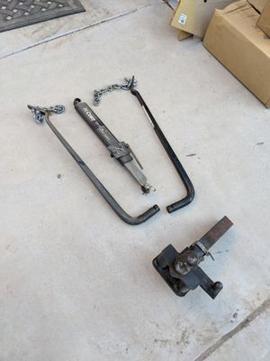 Trailer sway bars and hitch for Sale in Avondale, AZ