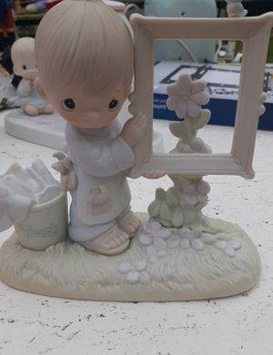 Precious Moments To God be the glory Figurine for Sale in Pacific, WA