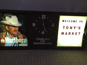 Antique Marlboro Sign with Clock for Sale in Smyrna, TN
