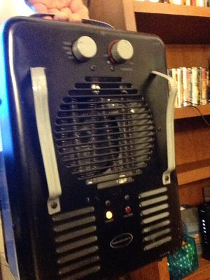 Heater 1300 & 1500 W settings for Sale in Beaverton, OR