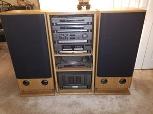 Sharp stereo and speakers for Sale in Capitol Heights, MD