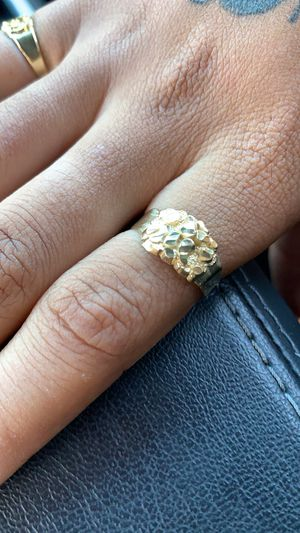 Gold nugget ring🤩 for Sale in Los Angeles, CA