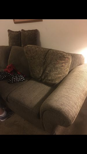 Couch + loveseat & matching pillows for Sale in Sacramento, CA