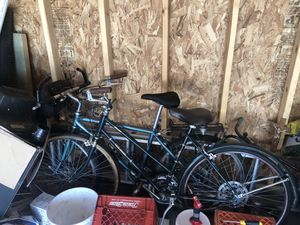 Mountain and speed Bikes for Sale in Chicago, IL