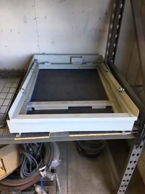 Pull out drawer for a travel trailer. for Sale in Bloomington, CA