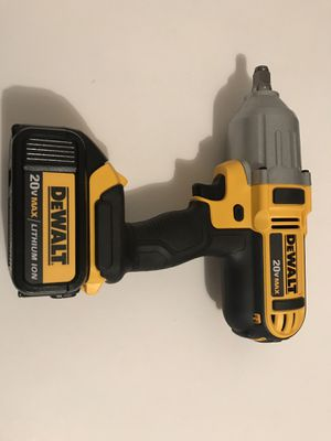 Impacto de Media dewalt con batería 150$ precio firme for Sale in South Gate, CA