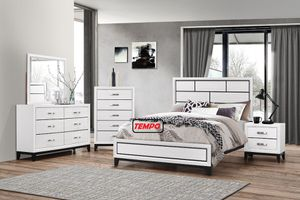 NEW IN THE BOX. QUEEN SIZE BED FRAME, WHITE, SKU# B4610-SET for Sale in Garden Grove, CA
