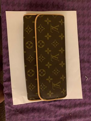 Louis Vuitton for Sale in Orlando, FL