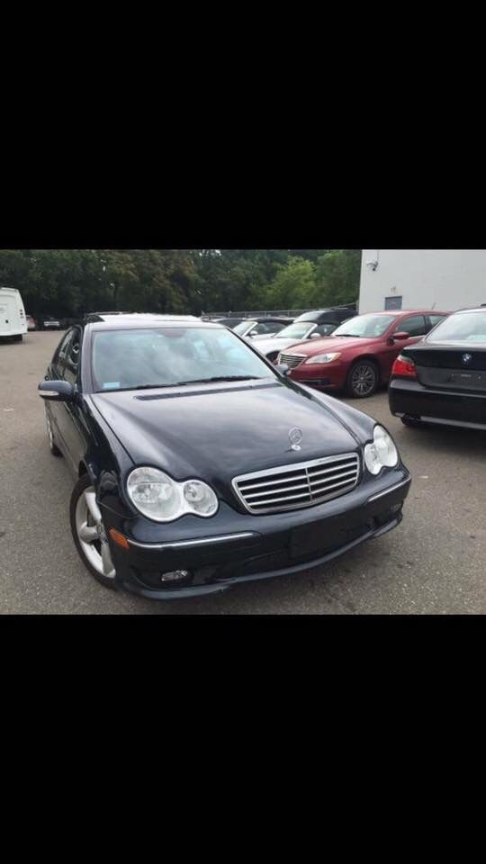 2005 Mercedes Low Mileage 7,500 OBO/Negotiable