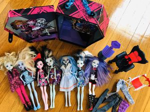 Monster high dolls bundle for Sale in Providence, RI