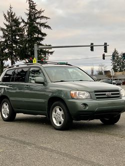2005 Toyota Highlander for Sale in Spanaway,  WA