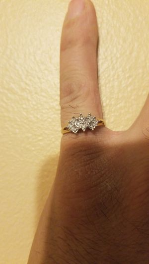 10k diamond ring stunning for Sale in Chicago, IL