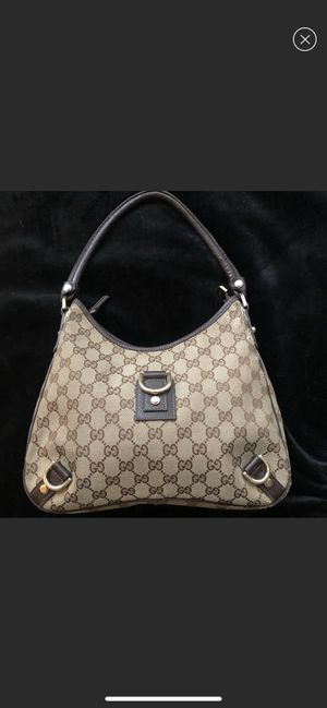 Gucci authentic GG canvas and leather shoulder bag for Sale in Northbrook, IL