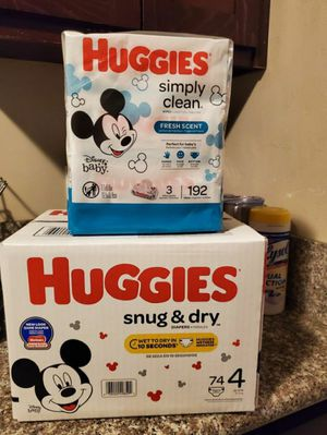 Huggies Snug And Dry Bundle Size 4 for Sale in Compton, CA
