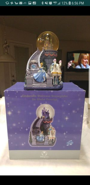 Cinderella Staircase Disney Snowglobe for Sale in Portland, OR