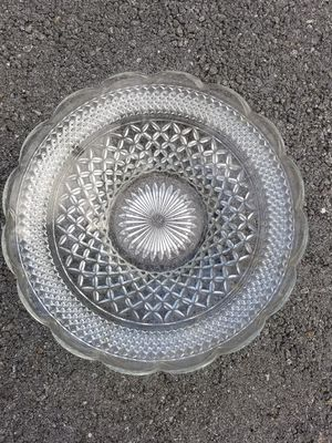 $10.00 - Antique Glass Serving Bowl - Like New Condition/Large! for Sale in Miami, FL