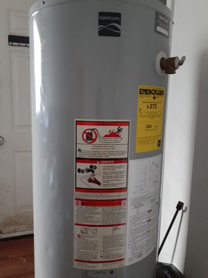 Kenmore 40 gallon gas water heater for Sale in Hampton, VA