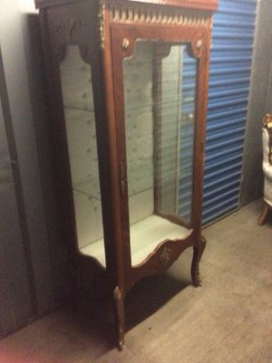 Beautiful Antique Armoire ! for Sale in Hyattsville, MD