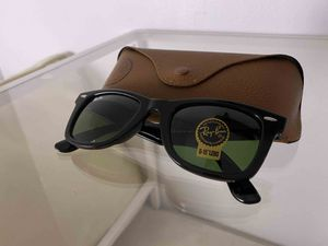 Brand New Authentic RayBan Wayfarer Sunglasses for Sale in Las Vegas, NV