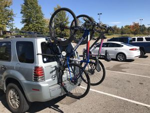 Bicycle rack for SUV for Sale in Sunrise Beach, MO
