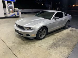 Ford Mustang v6 2010 for Sale in Lake Forest, CA