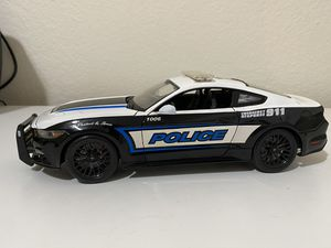 Diecast model 2015 Ford Mustang GT police 1:18 for Sale in Dewey, AZ