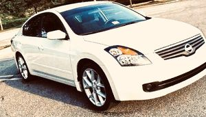 Seriously& owner07 Nissan Altima for Sale in Chicago, IL