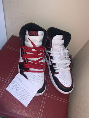 Jordan 1 high (bloodline)sz9 for Sale in Milwaukee, WI
